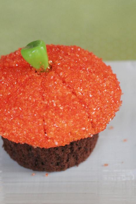 Halloween Cupcakes 026 Edit 465 crop
