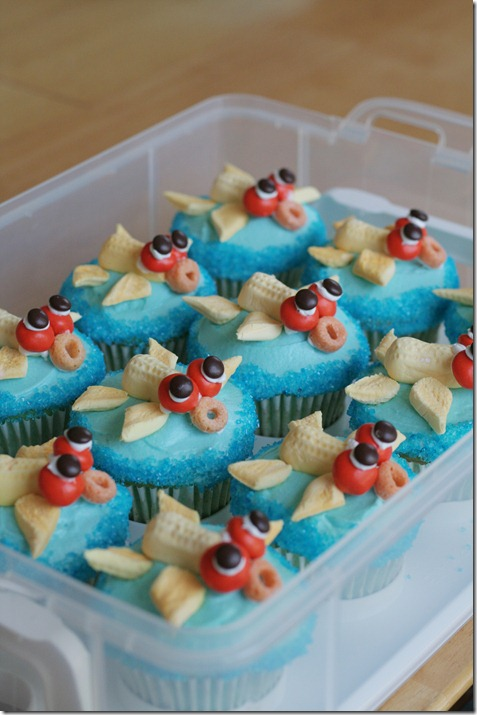 Coi Fish Cupcakes 008 Edit