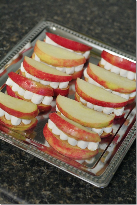 Halloween Teeth Snack 019 P