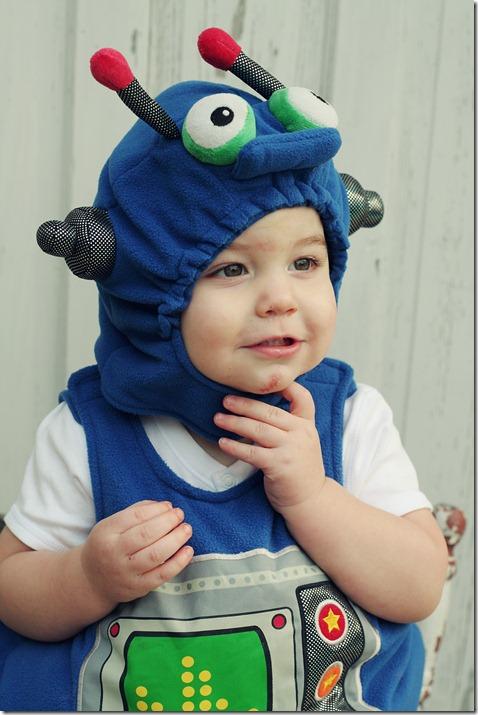 Halloween Costumes  2010 095 Edit