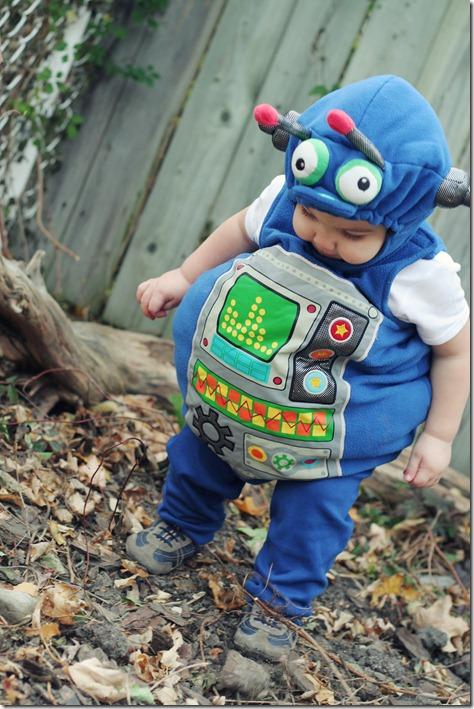 Halloween Costumes  2010 126 Edit