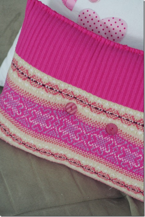 Sweater Pillow 022 Edit